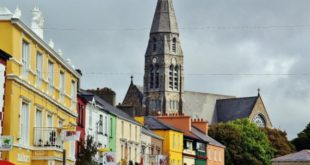 Clifden's Corner on the route of the Atlantic coast of Ireland
