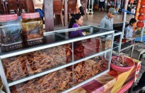 Eat in Cambodia