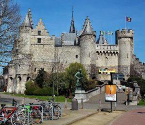 T Steen, Antwerp castle